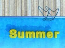 Brinquedo de flutuação amarelo na piscina, fundo do verão Imagens de Stock