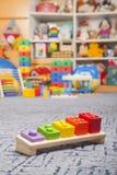 Brinquedo de madeira da cor Fotografia de Stock