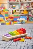 Brinquedo de madeira da cor Fotos de Stock