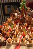 Brinquedo de madeira na luz morna fotos de stock royalty free