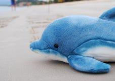 Brinquedo do golfinho imagem de stock