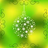 Brinquedo do Natal de flores brancas pequenas na luz - fundo verde ilustração royalty free