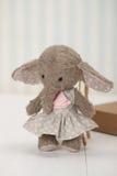 Brinquedo macio do elefante feito a mão Peluche tradicional Fotografia de Stock Royalty Free