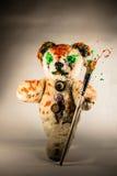 Brinquedo pintado do urso que anda com pincel Imagens de Stock Royalty Free