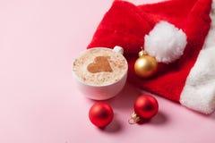 Brinquedos da xícara de café e do Natal Foto de Stock Royalty Free