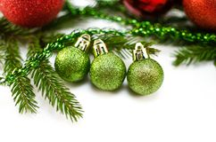 Brinquedos do Natal e de árvore do Natal ramo Imagem de Stock Royalty Free