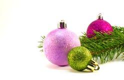 Brinquedos do Natal e de árvore do Natal ramo Imagens de Stock Royalty Free