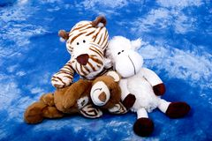 Brinquedos do tigre, do cordeiro e do urso Fotografia de Stock Royalty Free