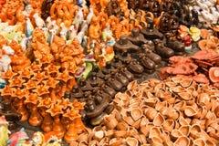 Brinquedos e acessórios da argila para a adoração do templo Imagens de Stock Royalty Free