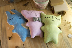 Brinquedos enchidos costurados para bebês Fotos de Stock Royalty Free