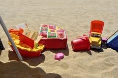 Brinquedos na areia Imagem de Stock Royalty Free
