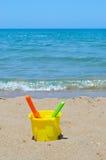 Brinquedos na praia fotos de stock royalty free