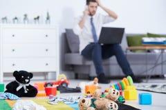 Brinquedos no assoalho imagens de stock royalty free