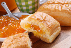 Brioche puff pastry with apricot jam Stock Photography