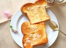 Briochetoost met boter en honing Royalty-vrije Stock Afbeelding