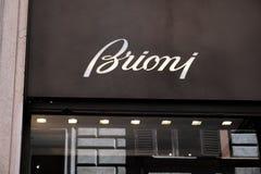 Brioni shoppar fotografering för bildbyråer
