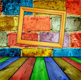Brique et intérieur en bois Images stock