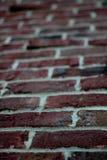 Brique rouge de Klinker - haut proche/tache floue Image libre de droits
