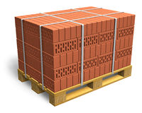 Briques empilées sur la palette en bois d'expédition Images libres de droits