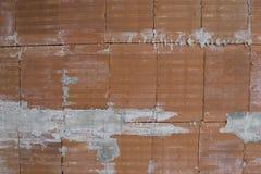 Briques et ciment oranges dans une composition en fond Image stock