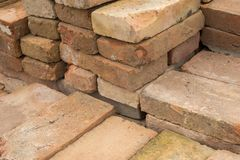 Briques pour la construction de bâtiments Image libre de droits
