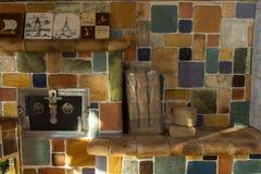 Briquetas de madera en el horno Imágenes de archivo libres de regalías