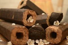 Briquette brune octogonale avec un trou Photos libres de droits