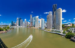 BRISBANE, AUS - NOV 18 2015: Panoramic view of Brisbane Skyline Royalty Free Stock Photos
