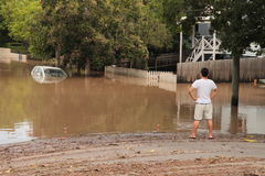 BRISBANE, AUSTRALIA - 13 DE ENERO: Inundación Foto de archivo libre de regalías