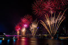 BRISBANE, AUSTRALIA, DEC 31 2016: New Year fireworks over night Royalty Free Stock Photography