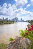 Brisbane, Australia - 26 settembre 2014: Vista dal punto del canguro che trascura la città ed il fiume di Brisbane durante il gio Fotografia Stock Libera da Diritti