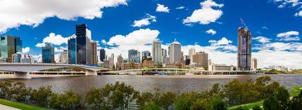 BRISBANE AUSTRALIEN FEBRUARI 12 2016: Panoramautsikt av Brisbane från Royaltyfri Bild