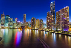 Brisbane en la noche foto de archivo libre de regalías