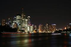 Brisbane entro Night Fotografia Stock Libera da Diritti