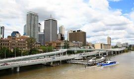 Brisbane flod och stad Arkivfoto