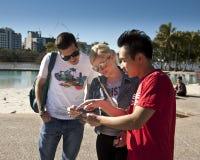Brisbane Greeter aiuta più touriest Fotografie Stock Libere da Diritti