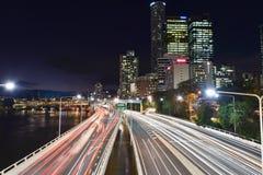 Brisbane-Licht-Spuren Lizenzfreies Stockfoto