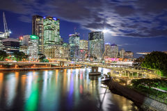 Brisbane na noite Fotografia de Stock
