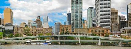 Brisbane stadspanorama Arkivbild