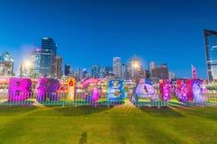 Brisbane tecken för kulturella berömmar G20 på den södra banken Arkivbilder