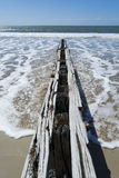 Brise-lames en bois, Victor Harbor, péninsule de Fleurieu, SA Image stock