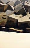 Brise-lames sur la plage de Cadix, Andalousie, Espagne Photo libre de droits