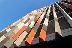 Brise soleil zont brekers bij de moderne bureaubouw, toekomst van het werkconcept Stock Fotografie