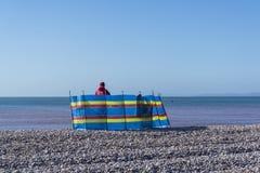 Briseur de vent, Budleigh Salterton, Devon, Angleterre, Royaume-Uni photos stock