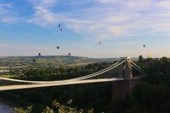 Bristol Balloon Fiesta y Clifton Bridge fotografía de archivo