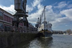 Bristol, Royaume-Uni, le 23 février 2019, bateau de Balmoral de système mv à M Shed Museum au quai de Wapping image stock