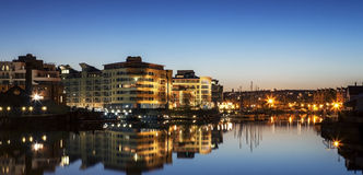 Bristol Waterfront la nuit Images stock
