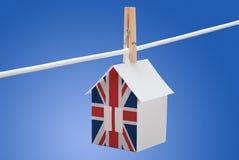 Briten, Großbritannien-Flagge auf Papierhaus Lizenzfreie Stockfotografie