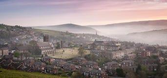 Britische Dorf-Landschaft Lizenzfreies Stockfoto