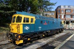 Britische Schienen-Lokomotive 33103 Stockbilder